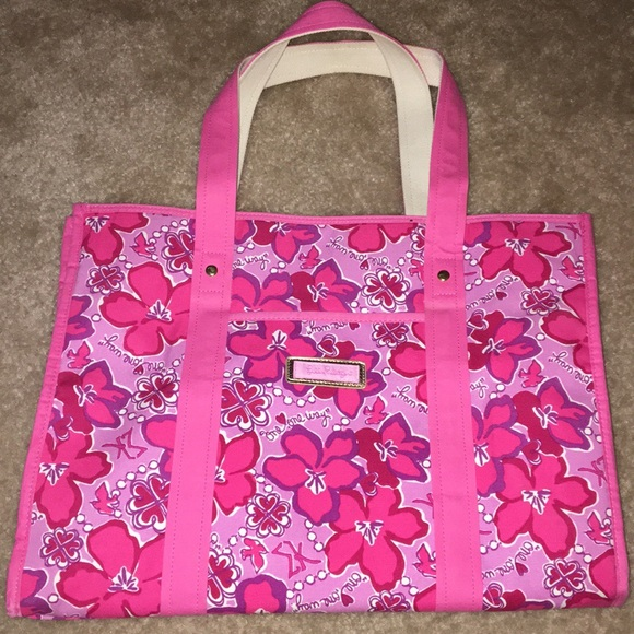 84d82c56e0 Lilly Pulitzer Handbags - Lilly Pulitzer Sigma Kappa Tote Bag